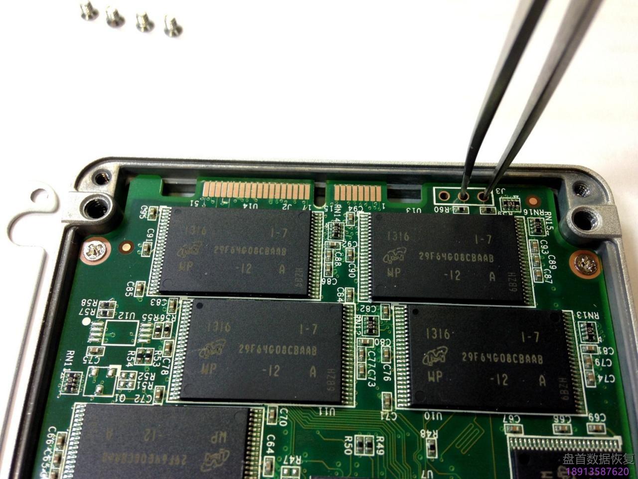 pc-3000-ssd饥饿鲨oczbarefoot-3家族系列数据恢复全过程 PC-3000 SSD饥饿鲨OCZ(Barefoot 3)家族系列数据恢复全过程